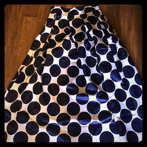 Designer floor length polkadot skirt w/pockets.